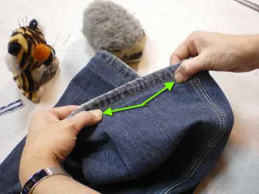 Нокоточками                                                    выправляем шов, чтобы он стал плоским.